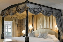 Four Poster Bed Mount Nelson Presidential Suite